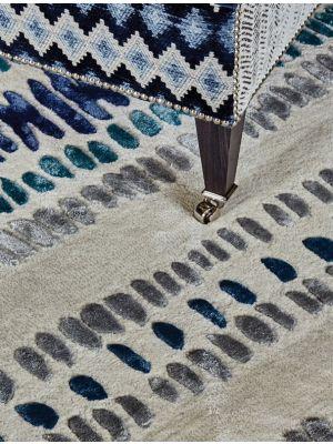 Draxon Rugs in Indigo by William Yeoward - CapitalRugsUK